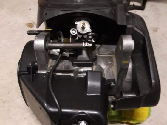Vorerst fertiger Motor mit TSDI Luftfilter